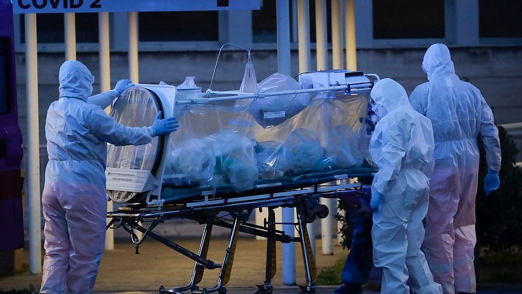 CoronaVirus Outbreak : स्पेन के अस्पतालों में संक्रमित लाशों के बीच रहने को मजबूर लोग, जांच शुरू