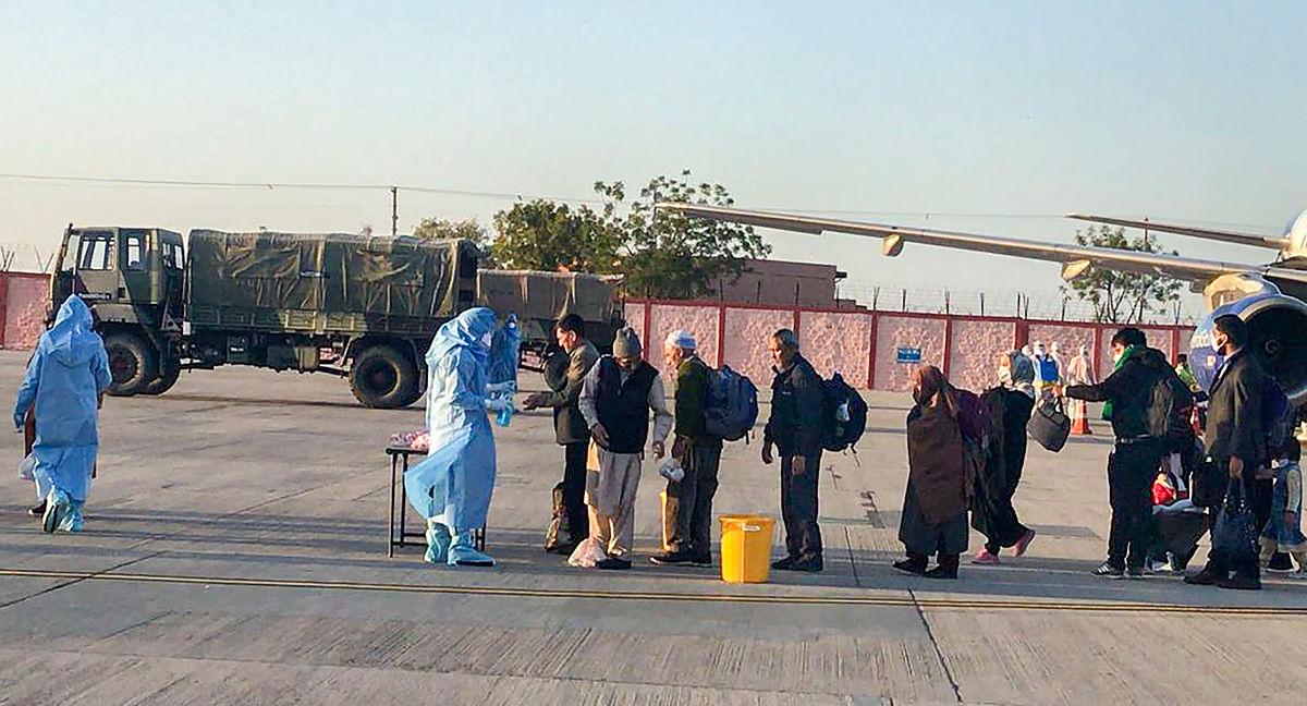 सभी नागरिकों को जोधपुर सैन्य स्टेशन स्थित वेलनेस केंद्र भेज दिया गया.