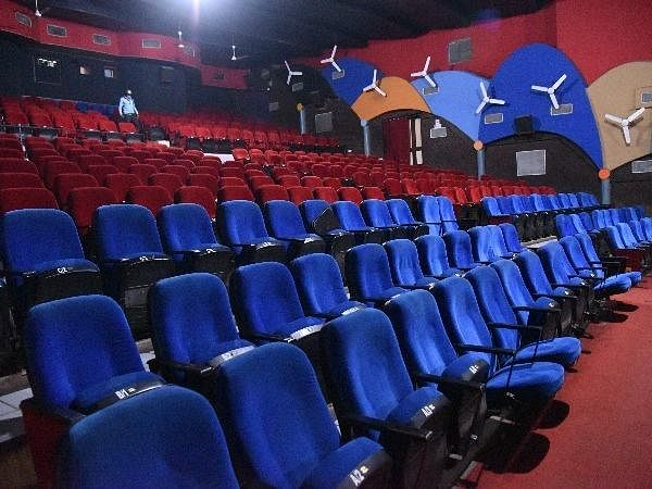 Guidline for Cinema Hall, unlock 5.0: 15 अक्टूबर को खुलेंगे सिनेमाघर, यह होगी नयी गाइडलाइन
