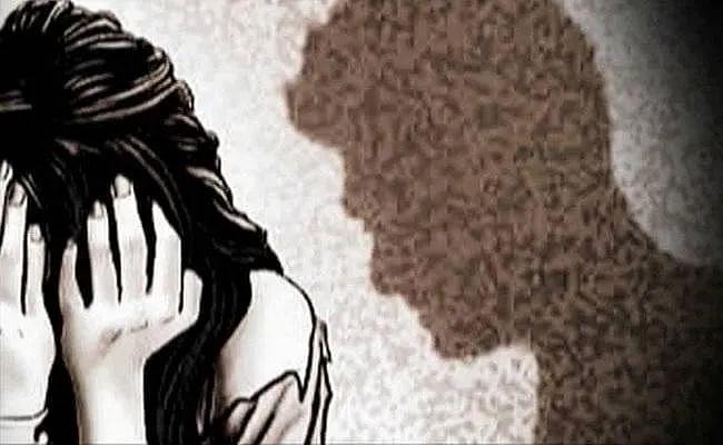 बिहार : दुष्कर्म पीड़िता की रिहाई के लिए देश के  जाने-माने 376 वकीलों और महिला संगठनों ने लिखी चिट्ठी
