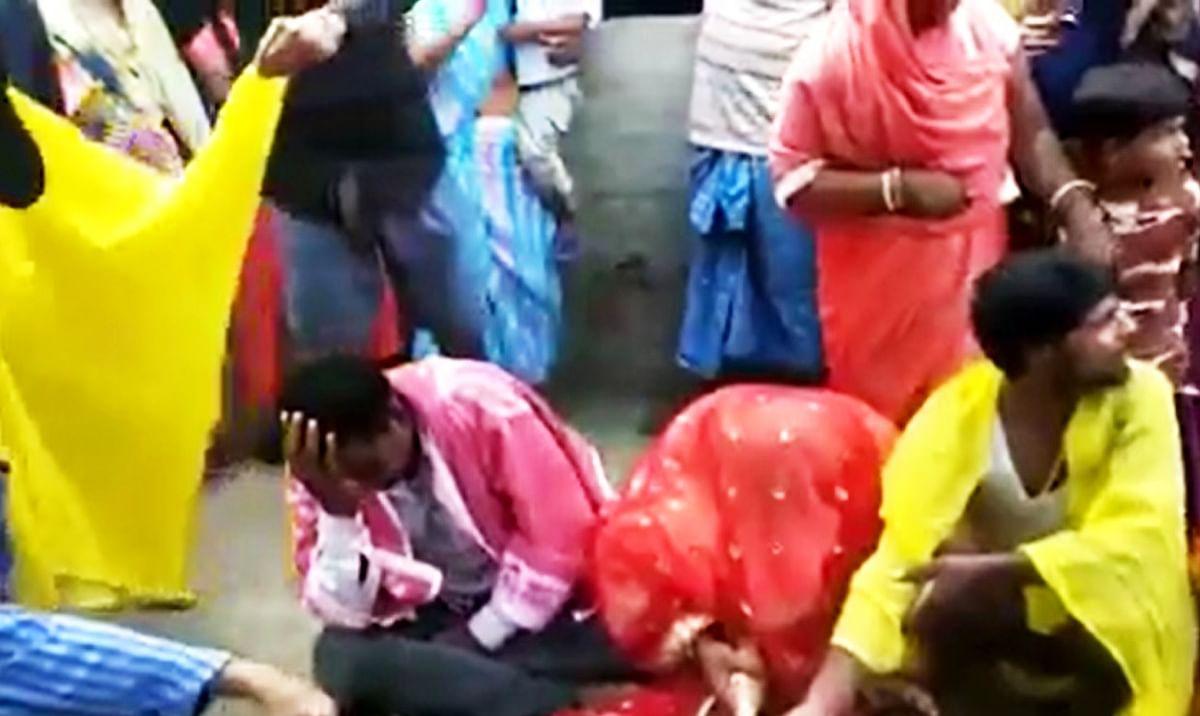 पकड़उवा विवाह : डॉक्टर को दिखाने जा रहा था युवक, अगवा कर युवती से करा दी गयी शादी , ...देखें VIDEO