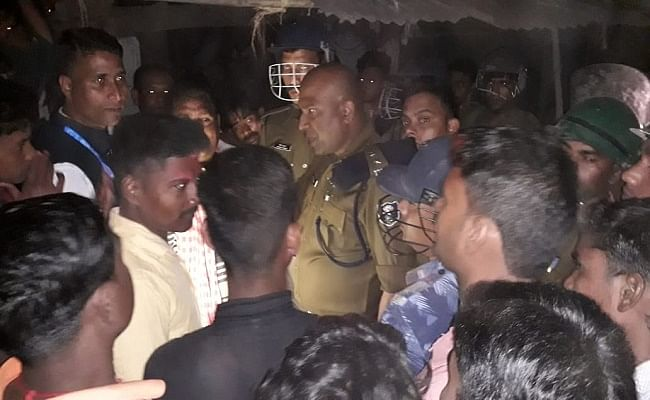 बिहार : गया में आपसी वर्चस्व की लड़ाई में गोलीबारी, एक की मौत, पुलिस टीम पर पथराव