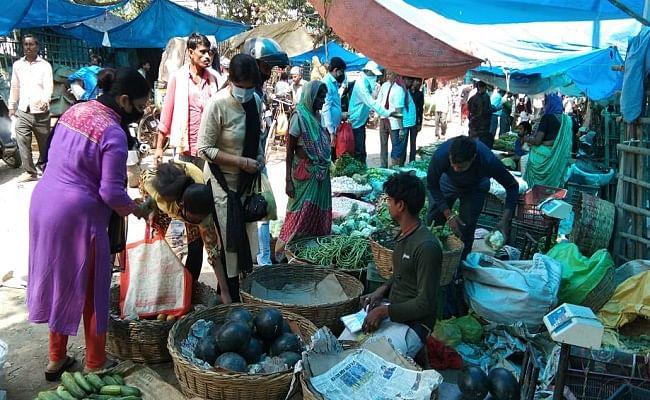 बिहार में लॉकडाउन : सब्जियों की कीमत में सौ फीसदी तक बढ़ोतरी, क्या है पटना शहर का हाल