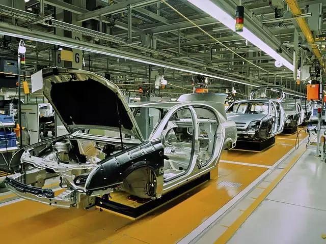 CORONA का खौफ: Maruti, Mahindra, Hero, Honda ने कारखानों में कामकाज रोका