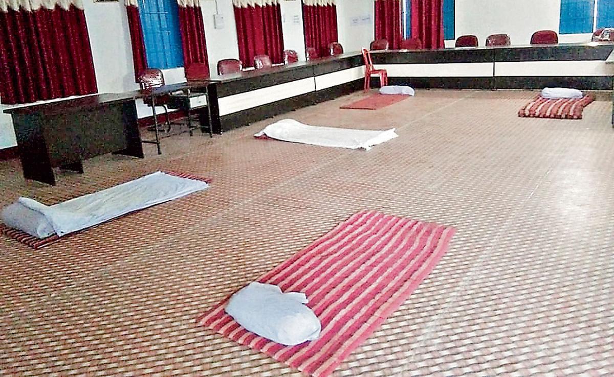 झारखंड में कोरोना वायरस के संदिग्ध 15 मरीज क्वारंटीन सेंटर से भागे, स्वास्थ्य विभाग में हड़कंप