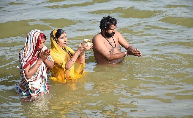 Chaiti Chhath 2020 : कोरोना का खौफ के बीच चैती छठ को लेकर बिहार के लोगों की दिखी आस्था