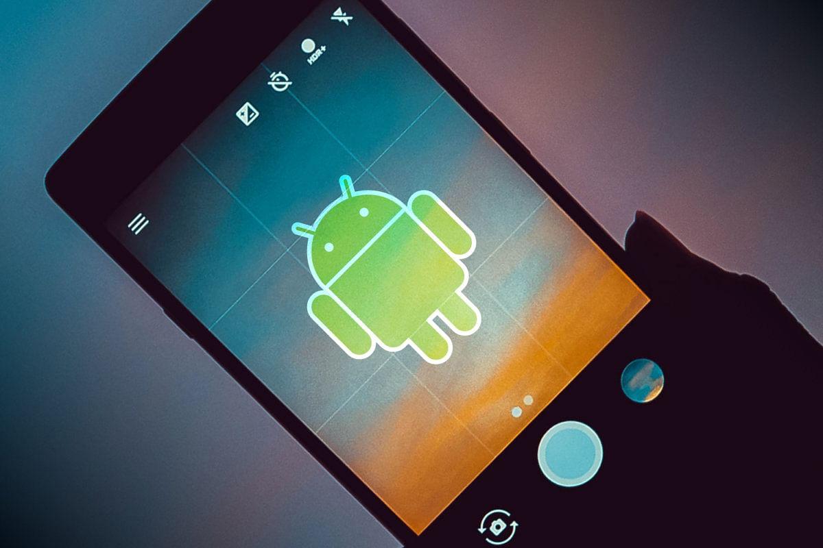 ALERT! 100 करोड़ स्मार्टफोन्स पर हैकिंग का खतरा, जानें कितना सुरक्षित है आपका हैंडसेट