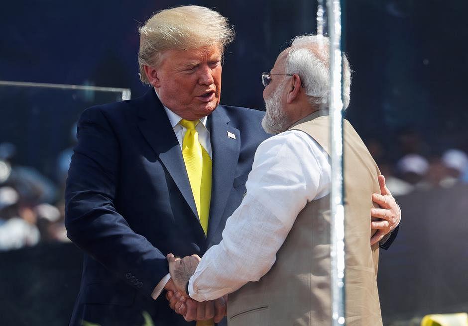 कोरोना के खिलाफ जंग लड़ने के लिए ट्रंप ने बढ़ाया हाथ, भारत को मिलेगा 29 लाख डॉलर, अमेरिका में अबतक 1544 की मौत