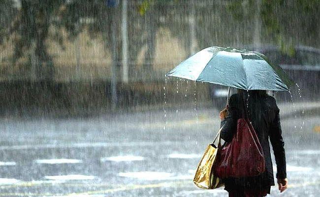 कई जिलों में अलर्ट, तेज हवा और वज्रपात के साथ हो सकती है बारिश