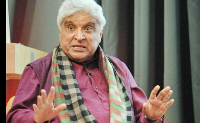 Javed Akhtar ने ट्रोल्स को दिया करारा जवाब - नफरत का नशा छोड़ दो...