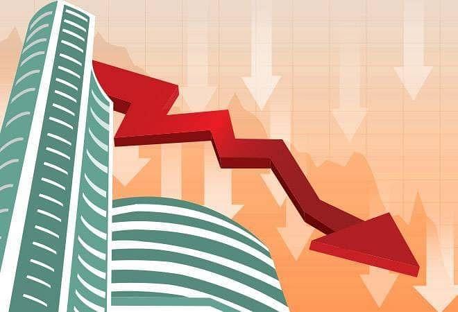 कोरोना से नहीं उबर पा रहा बाजार, 1375 अंक लुढ़ककर 29000 के नीचे बंद हुआ सेंसेक्स