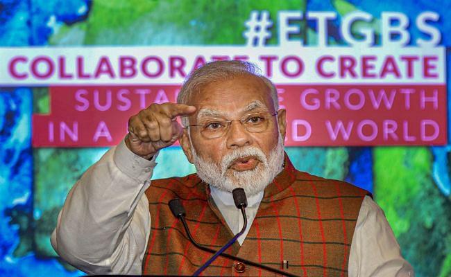 PM Modi का आलोचकों को जवाब : 'सही काम' करने वालों से चिढ़ते हैं 'सही बात करने वाले'