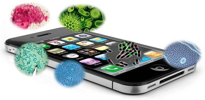 Tips & Tricks: कोरोना वायरस के खतरे के बीच अपने स्मार्टफोन को ऐसे करें सैनिटाइज
