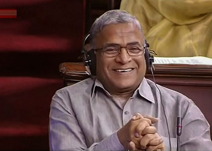 नीतीश कुमार ने राज्यसभा उपसभापति पद के एनडीए उम्मीदवार हरिवंश नारायण सिंह के लिए नवीन पटनायक से समर्थन मांगा