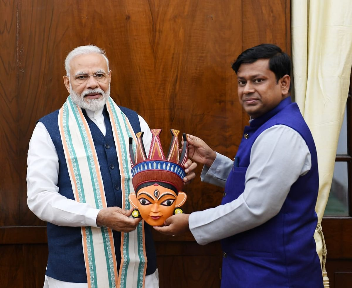 सांसद डॉ सुकांत मजूमदार ने की पीएम मोदी से मुलाकात, बंगाल को रियायत देने की मांग की