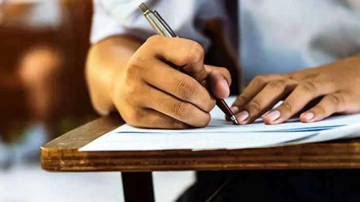 पल्लवी की मदद के लिए उठे हाथ,  ग्रेजुएशन तक की पढ़ाई में करेंगे मदद