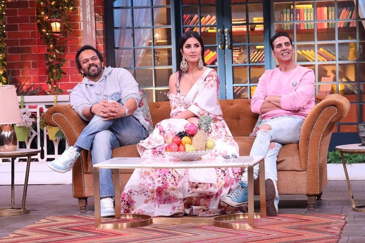 Film Promotion: 'द कपिल शर्मा शो' के सेट पर 'सूर्यवंशी' की टीम ने की मस्ती