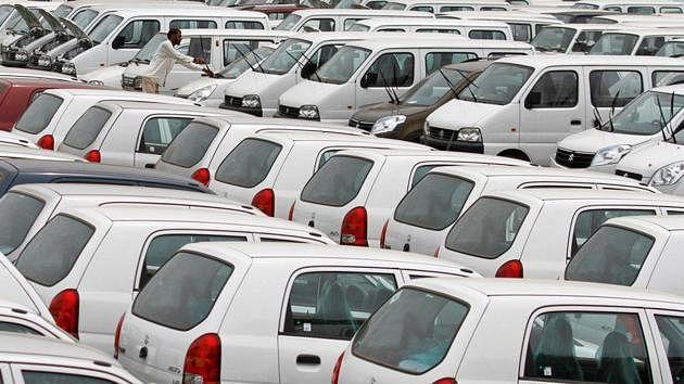 BS4 और BS6 के फेर में घटी गाड़ियों की बिक्री, अर्थव्यवस्था में नरमी भी बनी वजह