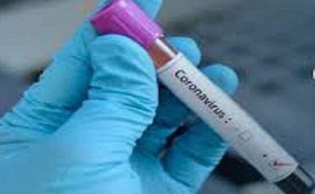 COVID-19 : झोला छाप डॉक्टरों को कोरोना के इलाज में लगाने पर सिविल सर्जन सस्पेंड