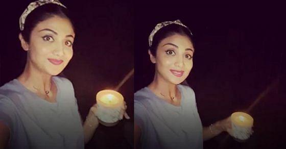 शिल्पा शेट्टी ने भी कैंडल जलाया.