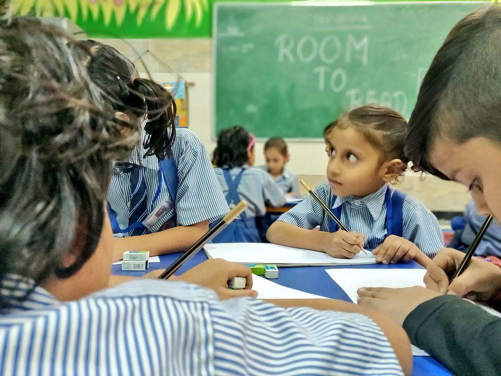 एक सितंबर से चरणबद्ध तरीके से खोले जाएंगे स्कूल-कॉलेज, जानिए क्या है मोदी सरकार की तैयारी