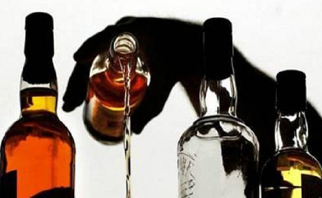 उत्तर प्रदेश में जल्द ही खुल सकती है शराब की दुकानें, आबकारी विभाग के प्रमुख सचिव ने शराब उत्पादन की दी मंजूरी