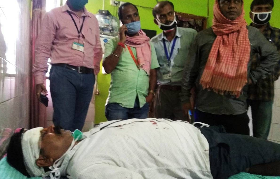 मोतिहारी और औरंगाबाद में पुलिस, मेडिकल टीम और अफसरों पर हमला, BDO, SDPO समेत 16 लोग घायल, 44 ग्रामीण गिरफ्तार