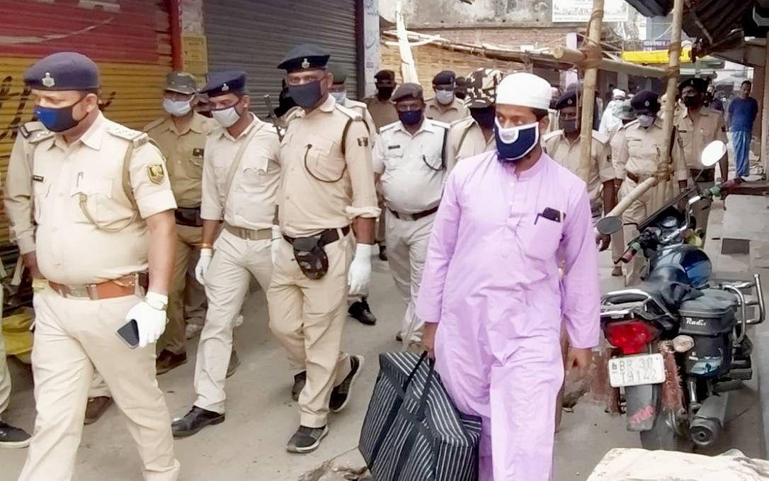 Tabligi Jamaat : तबलीगी जमात में शामिल होकर बिहार पहुंचे 38 मलयेशियाई, बांग्लादेशी और इंडोनेशियाई नागरिकों को भेजा गया जेल