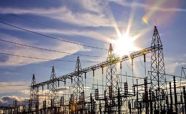 नौ मिनट के लिये लाइट बंद करने से नहीं खराब होंगे घरों के बिजली उपकरण: बिजली मंत्रालय