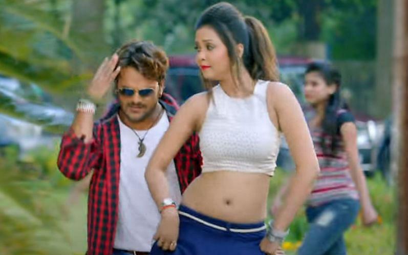 Bhojpuri Song : खेसारी के सॉन्ग 'कूद जाये बहारी' ने मचाई धूम, 'आसमान का चंदा' बन गईं Kajal Raghwani, देखें ये भोजपुरी गाने