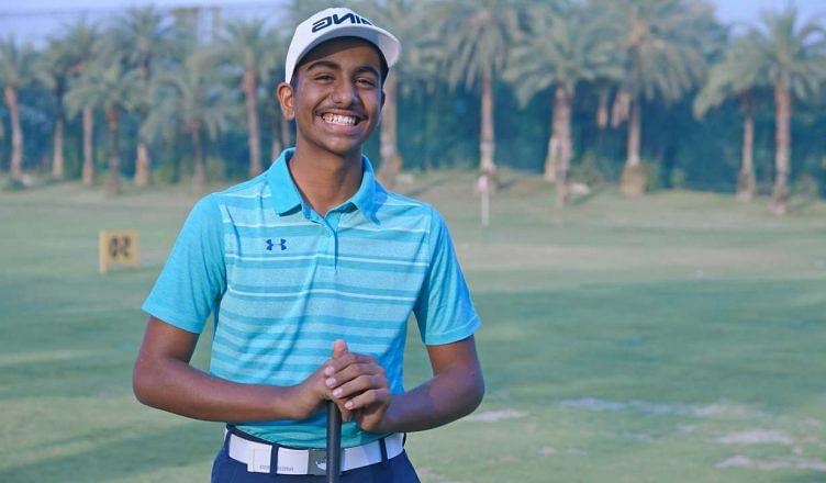 Coronavirus : इस युवा गोल्फ खिलाड़ी ने अपने जीते हुए ट्रॉफी को बेचकर पीएम केयर्स फंड में दान किए 4.30 लाख रुपये