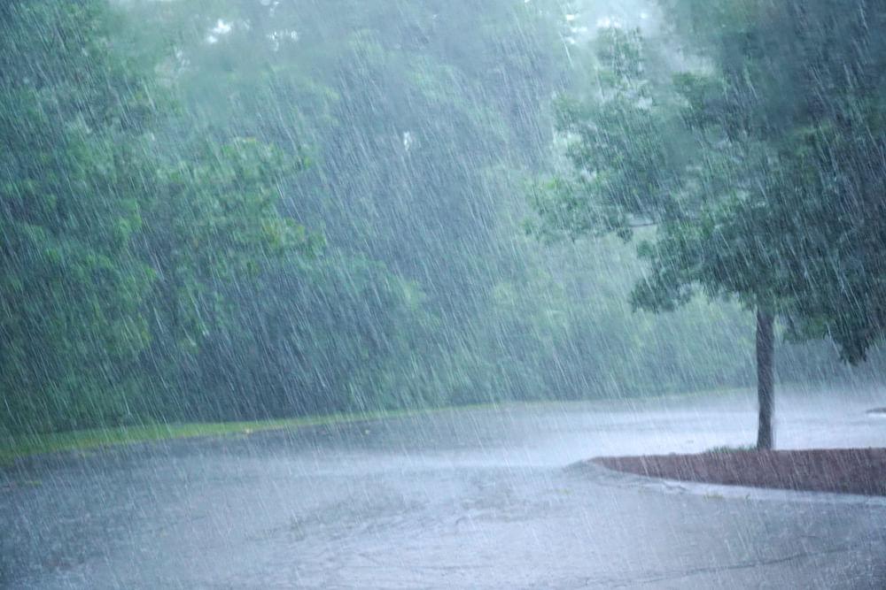 Jharkhand Weather Forecast : झारखंड के इन जिलों में कल भारी बारिश का अनुमान, रेड अलर्ट भी जारी
