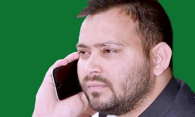 राजधानी पटना लौटे RJD नेता तेजस्वी यादव, गरमायी बिहार की सियासत, JDU नेता बोले- ...तो कानून अपना काम करेगा