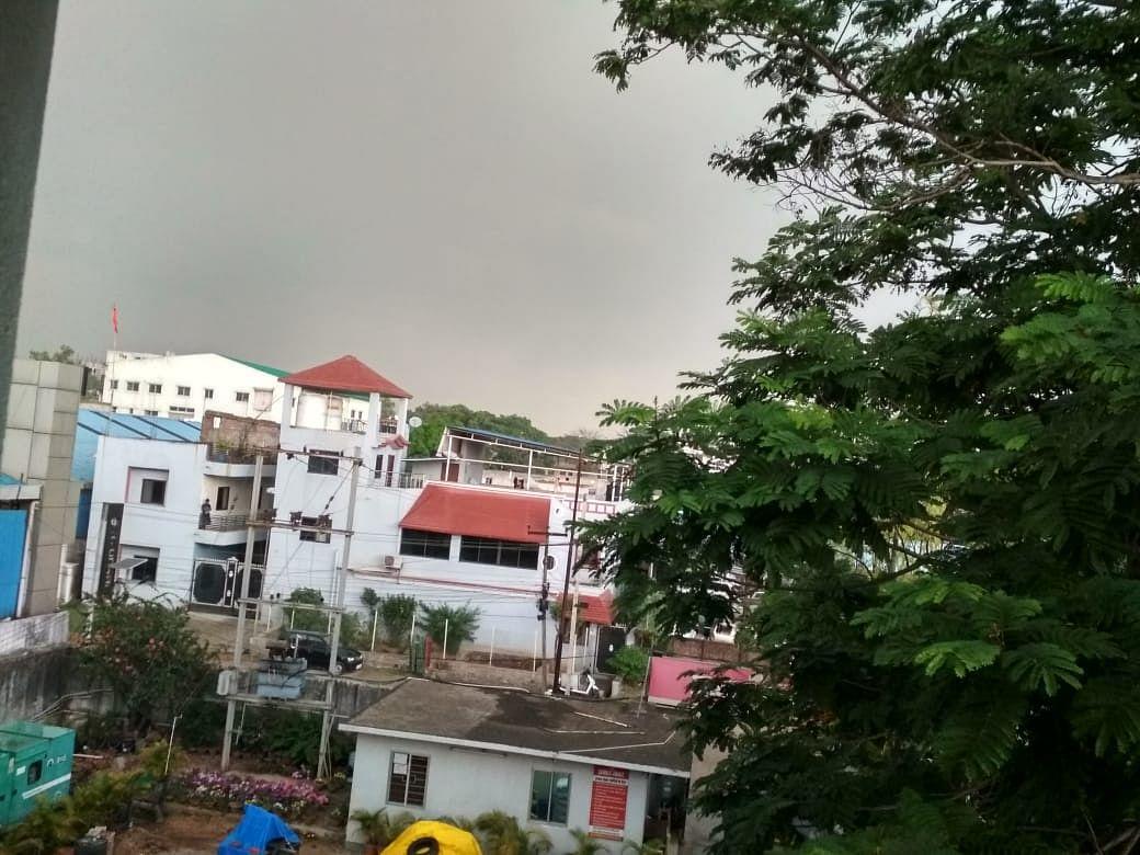 Jharkhand Weather Forecast : मौसम विभाग ने जारी किया अलर्ट, 10 मई तक रांची समेत इन इलाकों में गर्जन के साथ बारिश का अनुमान