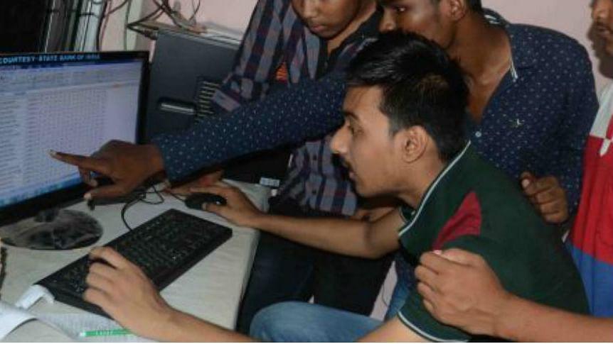 Bihar Board 10th Result LIVE Updates : बिहार बोर्ड ने जारी किए मैट्रिक के परिणाम, हिमांशु राज बना टॉपर, जानें रिजल्ट की पूरी जानकारी