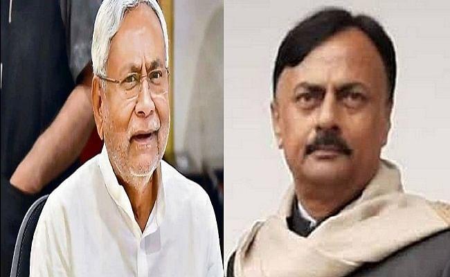 बिहार को पीपीई किट, मास्क और जांच किट नहीं मिलने पर कांग्रेस नेता का ट्वीट, फंड के 165 करोड़ रुपये का उपयोग कब होगा