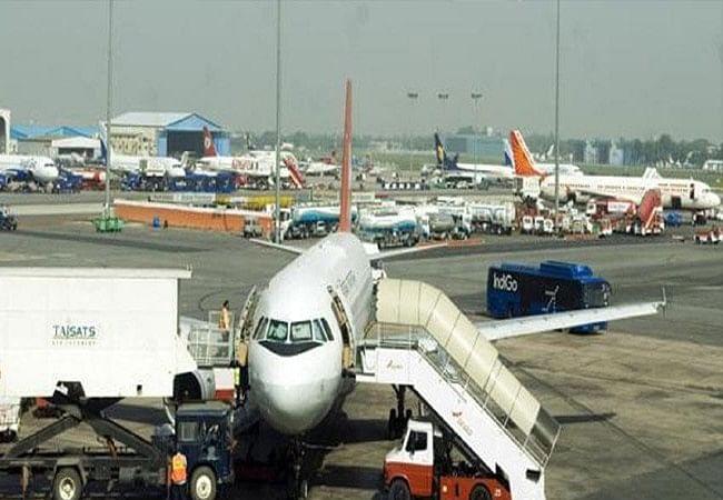 कुछ सख्त नियमों के साथ दिल्ली के IGI एयरपोर्ट पर फिर शुरू होंगी हवाई यात्राएं