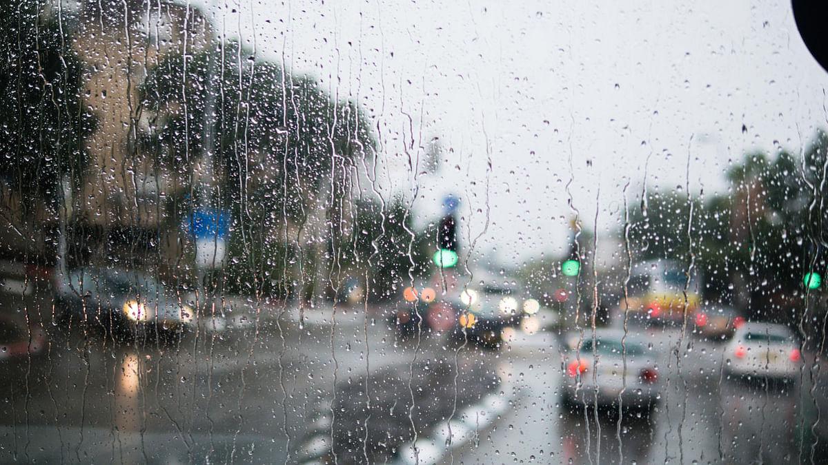 Weather Forecast LIVE Updates Today : बिहार में बाढ़ और वज्रपात का खतरा, दिल्ली में छाये बादल, हुई बारिश, जानें झारखंड, यूपी समेत राज्यों का हाल