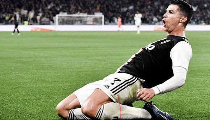 Euro Cup 2020 के पहले ही मैच में रोनाल्डो ने लगायी रिकॉर्ड्स की झड़ी, टूर्नामेंट में रच डाला इतिहास