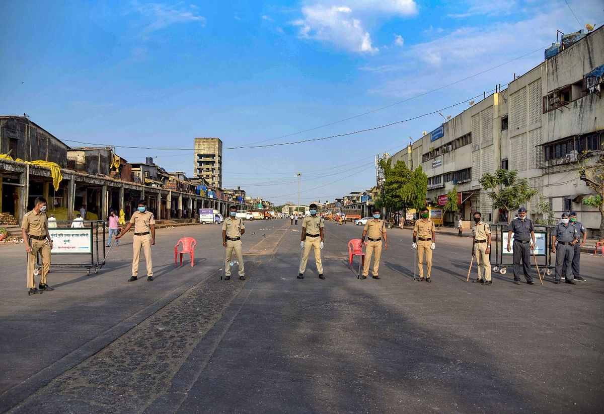 क्वारेंटाइन में घर से बाहर घूमना पड़ा भारी, दिल्ली पुलिस ने 198 लोगों पर दर्ज की FIR
