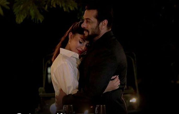 Tere Bina Song: सलमान खान जैकलीन फर्नांडीज का रोमांटिक सॉन्ग 'तेरे बिना' रिलीज