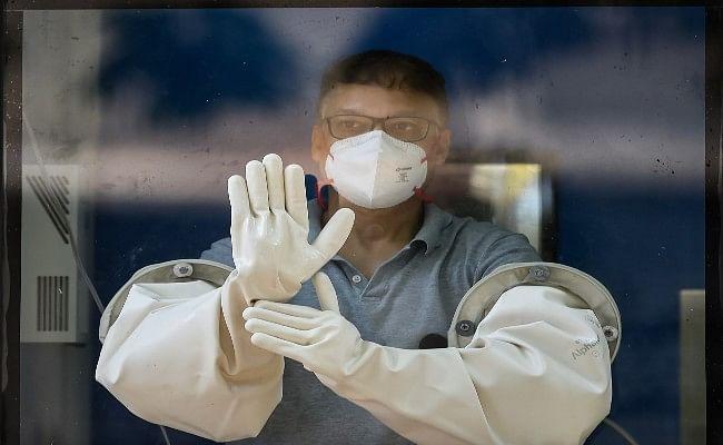 देश में कोरोना वायरस संक्रमण के मामले बढ़ कर 49,391 हुए, अब तक 1,694 लोगों की मौत