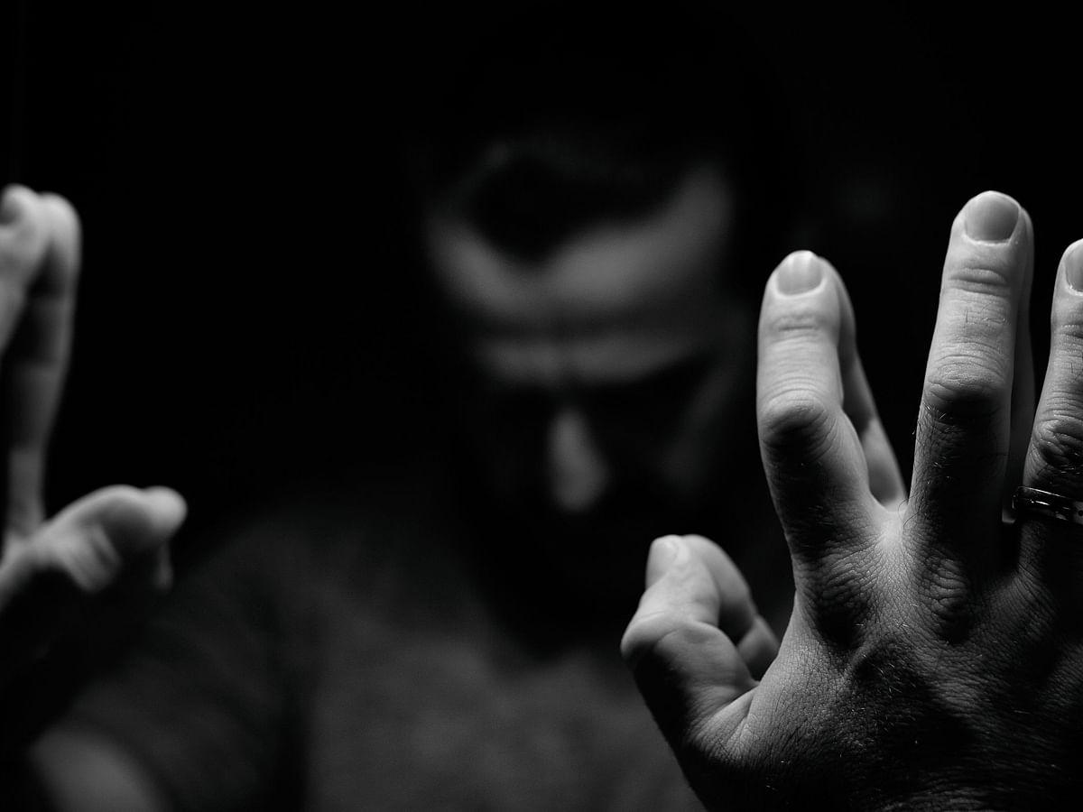 World Schizophrenia Day: इस बीमारी में व्यक्ति बन जाता है अपना ही दुश्मन, दिखती हैं अदृश्य घटनाएं