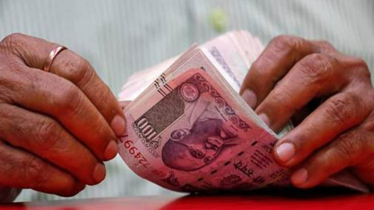 फुटपाथ विक्रेताओं को 10-10 हजार रुपये के ब्याज मुक्त ऋण सोमवार को वितरित करेंगे  मुख्यमंत्री शिवराज