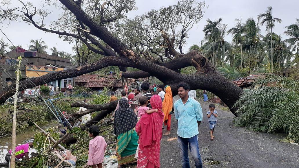 Cyclone Amphan: PM मोदी ने मदद का दिया भरोसा, अमित शाह ने ममता और पटनायक से की बात
