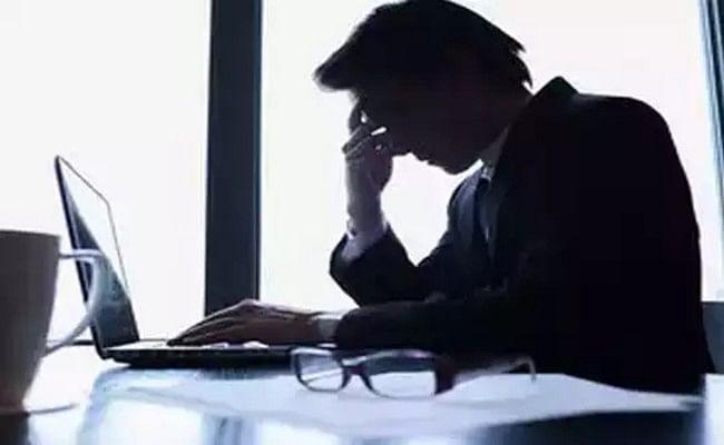 कोरोना सकंट में अगर छटनी का शिकार हो जाएं तो जाने कितने काम का जॉब लॉस इंश्योरेंस