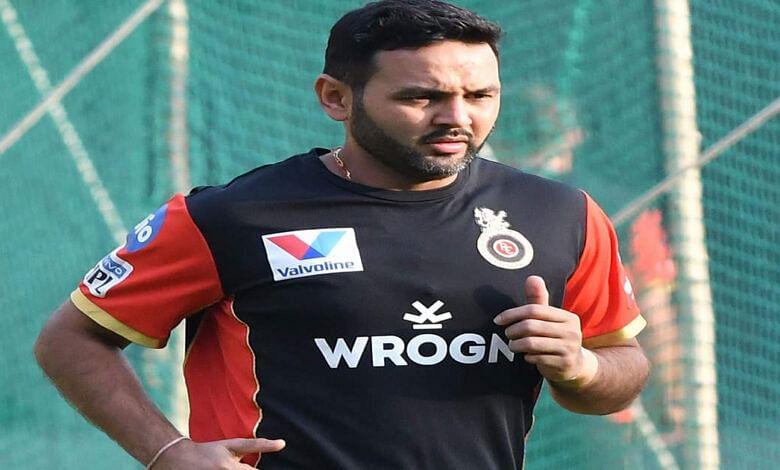 टीम इंडिया के पूर्व विकेटकीपर पार्थिव पटेल के  के पिता का हुआ निधन, क्रिकेटर ने फैंस से की ये भावुक अपील