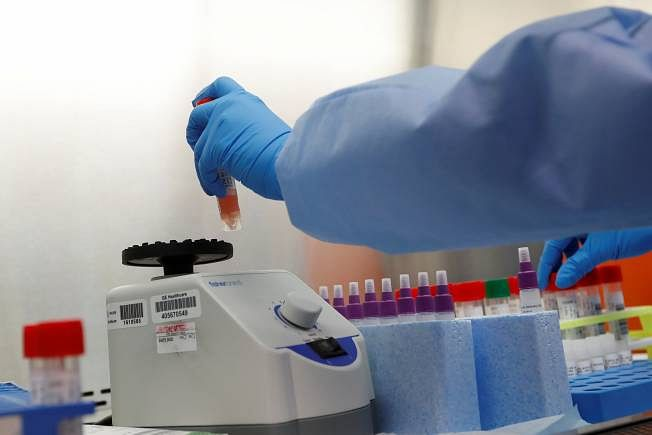 झारखंड में कोरोना विस्फोट :  4.74% की दर से बढ़ रहे संक्रमित, यही गति रही, तो बढ़ेंगी मुश्किलें