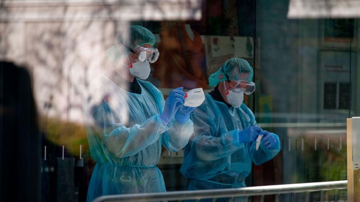 Coronavirus in UP: यूपी में 24 घंटे के अंदर 35 कोरोना मरीजों की मौत, अब दिल्ली से वैवाहिक समारोह में यूपी आने वालों का होगा कोविड टेस्ट