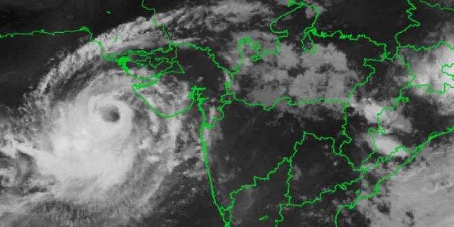 'अम्फान': 21 साल बाद आया जब महातूफान तो टेक्नोलॉजी ने बचायी हजारों की जान, जानिए कैसे